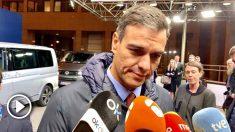 Sánchez, anoche, al salir de la reunión del Consejo Europeo. Foto: Joan Guirado