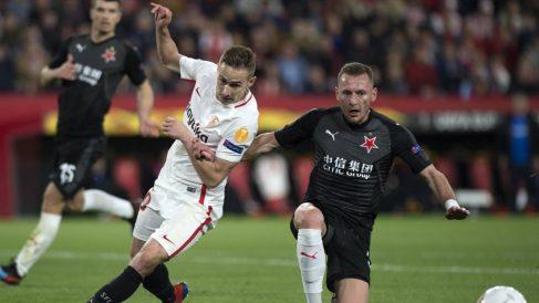 Marko Rog con el Sevilla (AFP)