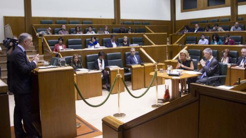 Urkullu en el Parlamento vasco. Foto: Europa Press