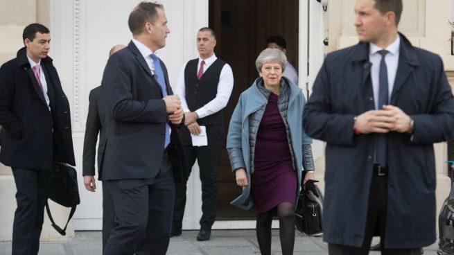Parlamento británico respalda prórroga que ha pedido May para el 'brexit'