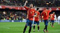Sergio Ramos celebra su gol en el España – Noruega. (Getty)