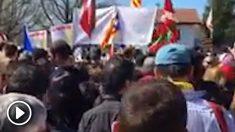 Imagen distribuida por Belarra de la marcha en Alsasua a favor de los agresores de dos guardias civiles.