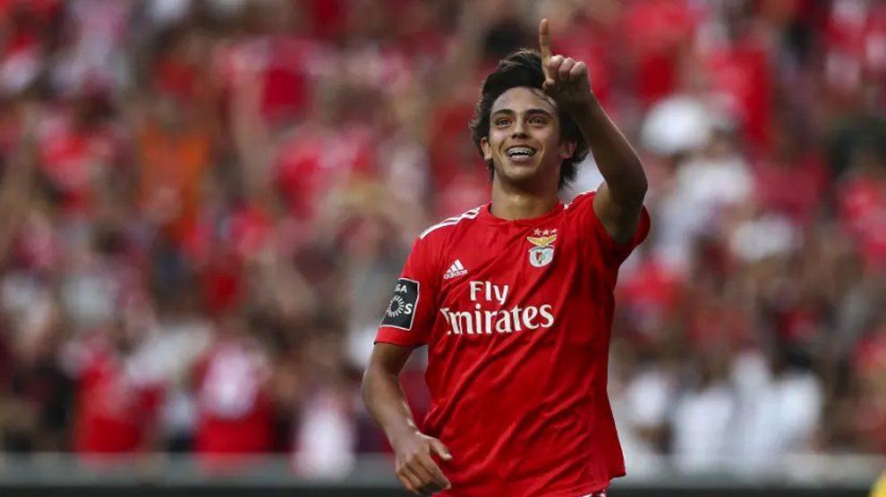 Joao Félix celebra un gol con el Benfica (AFP).