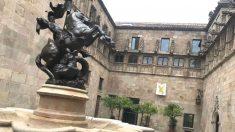 El lazo amarillo que mantiene Quim Torra en un patio interior del Palau de la Generalitat
