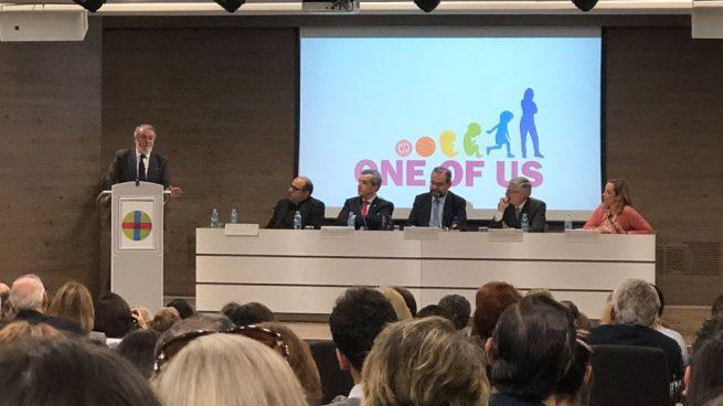 El presidente de la Fundación Valores y Sociedad y de la Federación Europea 'One of Us', en defensa de la vida, Jaime Mayor Oreja, durante la 'Jornada CEU por la vida', celebrada en la facultad de la Universidad San Pablo CEU de Madrid.