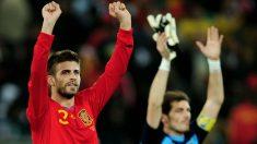 Piqué y Casillas celebran la clasificación para la final del Mundial 2010. (Getty)