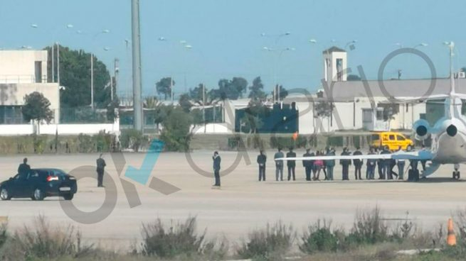 Sánchez se va a Cádiz en Falcon para lanzar la campaña electoral de su candidato Marlaska