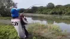 El pescador que en Facebook pescó un cocodrilo