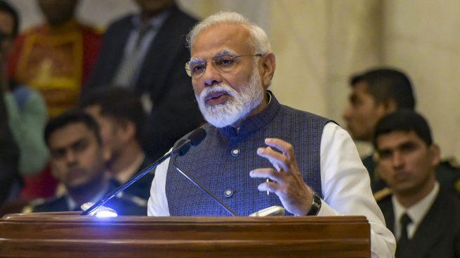 La India derriba un satélite en órbita con un misil