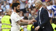 Isco y Zidane. (AFP)