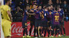 Los jugadores del Barcelona celebran el 4-4 en Villarreal.