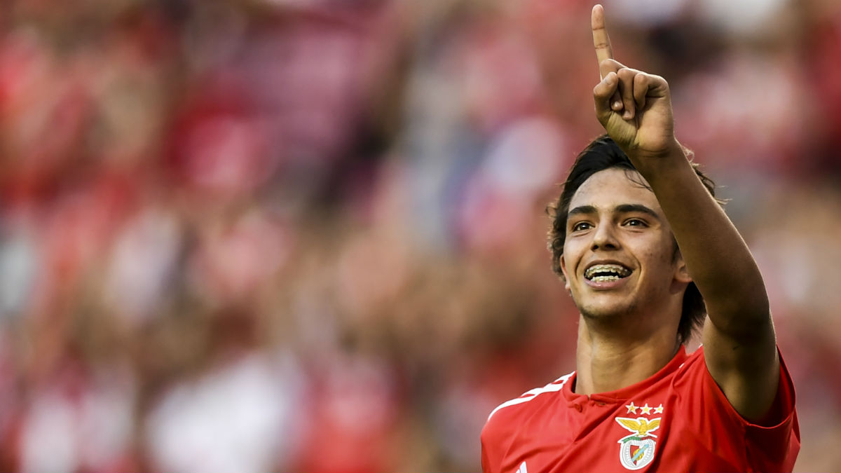 Joao Félix celebra un gol con el Benfica. (AFP)