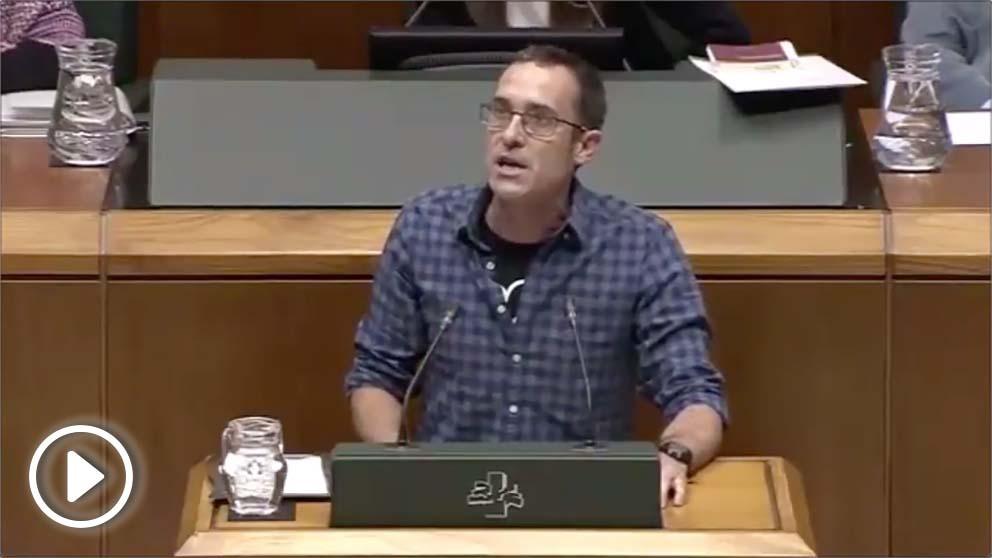 El diputado de EH Bildu en el Parlamento Vasco, Julen Arzuaga, llama «nazis de Nuremberg» a la Policía y Guardia Civil