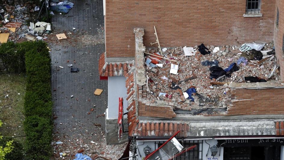 Muchas partes del bloque de Vallecas han quedado afectadas. (Foto. EFE)