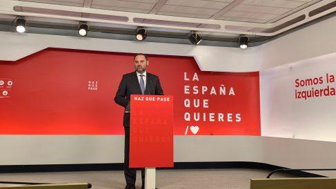 El secretario de Organización del PSOE, José Luís Ábalos, en Ferraz. Foto: Joan Guirado