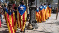 Separatistas de Cataluña durante el 1-O. Foto. IStock.