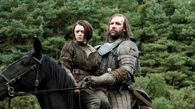 Arya Stark y el Perro