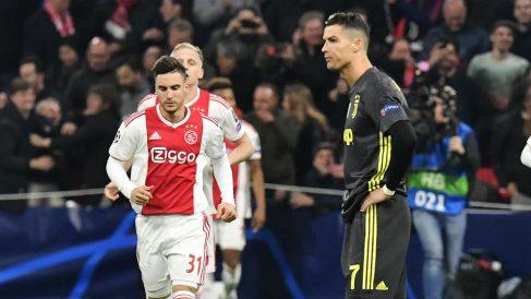 Cristiano Ronaldo se lamenta durante el Ajax – Juventus de la ida de los cuartos de final de la Champions League. (AFP)