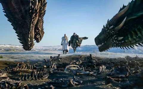 Daenerys Targaryen y Jon Snow en la octava y última temporada