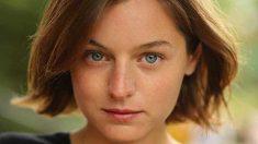 Emma Corrin será Lady Di en la cuarta temporada de 'The Crown'