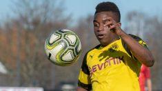 Moukoko, en un partido del Dortmund.