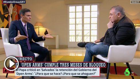 Sánchez durante la entrevista con Ferreras en La Moncla. (Al Rojo Vivo-La Sexta)