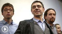 Juan Carlos Monedero, junto a Íñigo Errejón y Pablo Iglesias. (Foto: EFE)