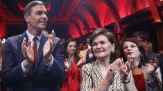 Pedro Sánchez, Carmen Calvo y Adriana Lastra. (Foto: EP)
