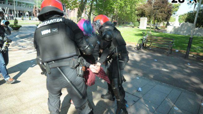 Cinco proetarras detenidos por los ataques a VOX en Bilbao