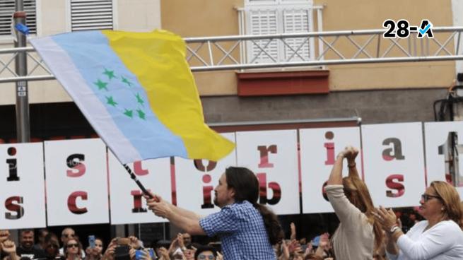 Iglesias alza la bandera independentista de Canarias en su primer acto de campaña