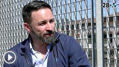 El líder de Vox, Santiago Abascal, en la entrevista con el director de OKDIARIO, Eduardo Inda.