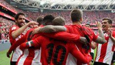 El Athletic celebra un gol ante el Rayo. (EFE)