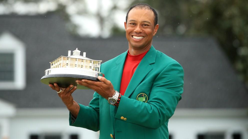 Tiger Woods, con la chaqueta verde de campeón del Masters de Augusta. (Getty)