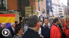 Republicanos atacan una procesión de Semana Santa en Valladolid.