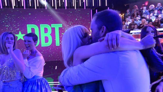 'GH DÚO': El beso de Ylenia Padilla y Antonio Tejado en directo con el que confirman su relación