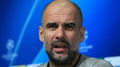 Pep Guardiola comparece ante los medios en la previa del Manchester City-Tottenham. (AFP)