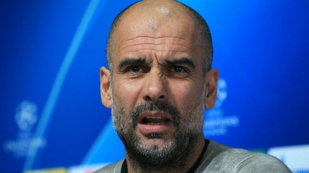 Pep Guardiola comparece ante los medios. (AFP)