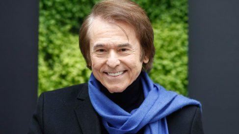 El cantante español Raphael.