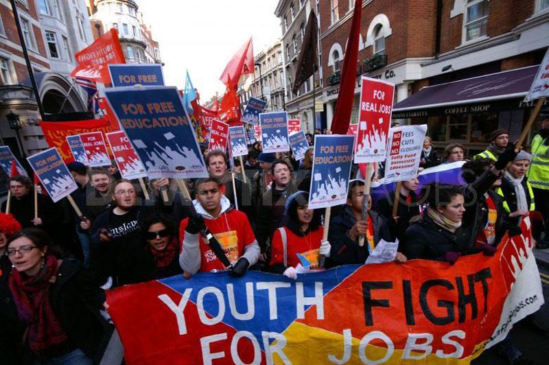 Desempleo juvenil