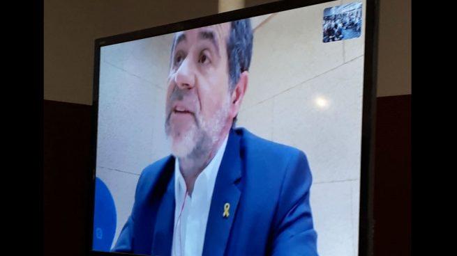 Al PSOE le llueven los apoyos desde la cárcel: Sànchez ofrece como «socio estable» a JxCat