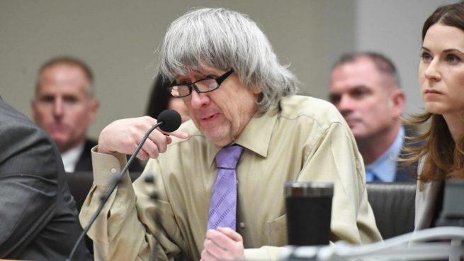 Cadena perpetua para los padres que torturaron y retuvieron a sus 13 hijos en California