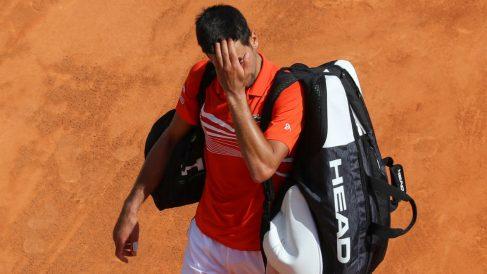 Djokovic se marcha cabizbajo tras ser eliminado en Montecarlo. (AFP)