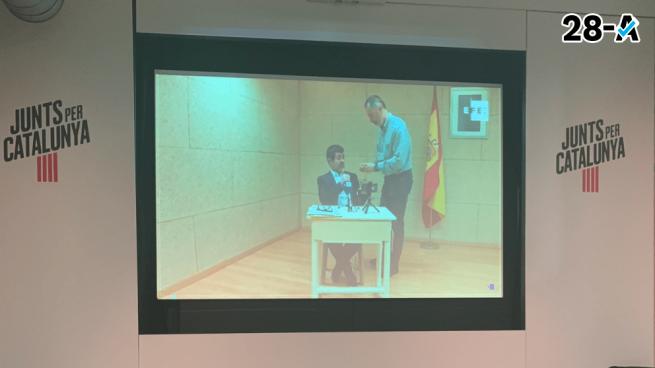 JxCat pide permiso a la Junta Electoral para intervenir en actos electorales junto a Puigdemont