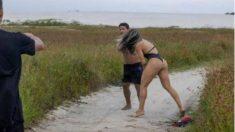 Joyce Vieira, luchadora de MMA, pega una paliza a un acosador. (Folha de Sao Paulo)