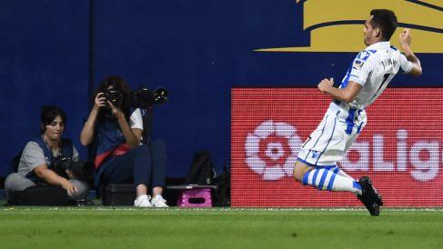 Juanmi Jiménez celebra un gol ante el Villarreal (AFP)