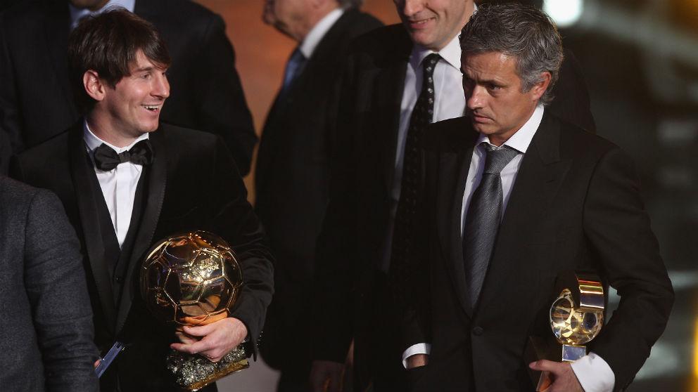 Leo Messi y José Mourinho en la gala del Balón de Oro de 2010. (Getty)