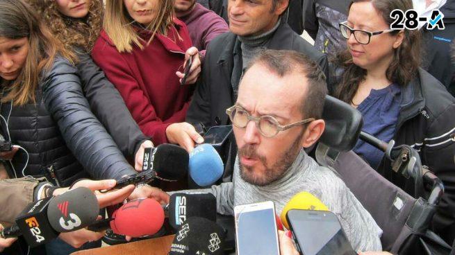 Echenique afirma que Iglesias «es una anomalía histórica» porque «no tiene miedo a los poderosos»