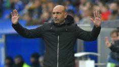Abelardo, en un partido con el Alavés. (AFP)