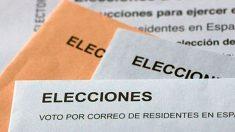 Sobres con papeletas electorales del voto por correo para las elecciones generales 2019 del domingo 10 de noviembre.