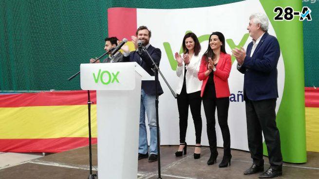 Dura respuesta de Vox a Hernando: «El quinto ['gin tonic'] es el que os vais a tener que tomar el domingo»